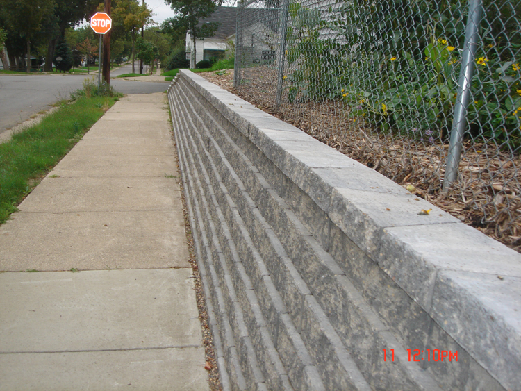Retaining walls a pietig concrete brick paving for Ics concrete forms
